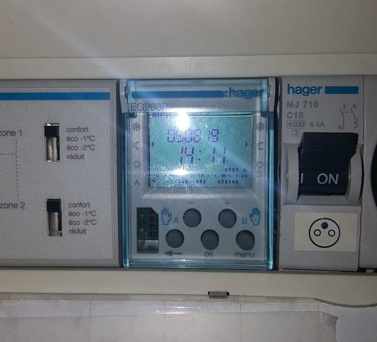 Dépannage électricité à La Rochelle d'une minuterie de programmateur de chauffage dans le quartier de la ville en bois 17000.