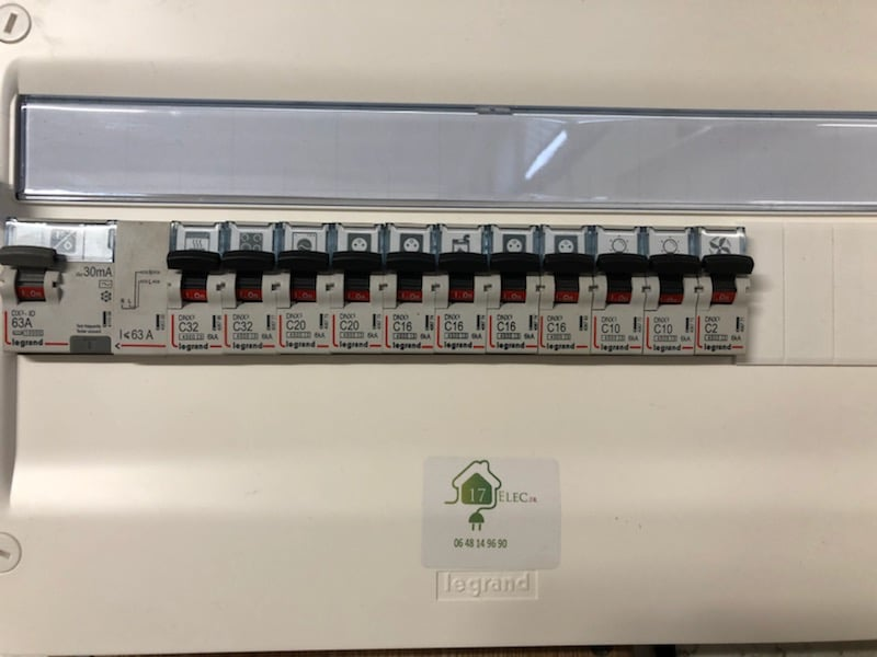 Rénovation d'un tableau électrique Legrand à Lagord