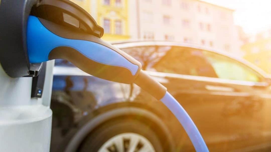 Voiture électrique : Quelle est la solution de charge la plus rapide pour mon nouveau véhicule électrique ?